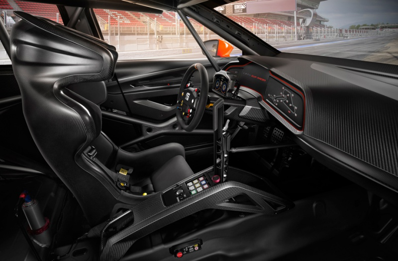 Seat Leon hatchback ve sportovním kabátě